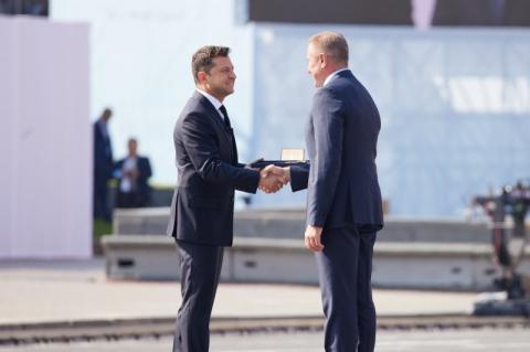 У День Незалежності Президент нагородив орденом Свободи Сергія Бубку та присвоїв звання Героя України п'ятьом громадянам