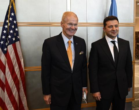 Володимир Зеленський обговорив з керівником NASA Біллом Нельсоном співпрацю в космічній галузі