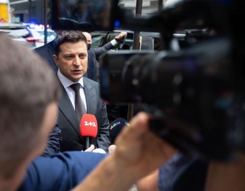 Президент України про обстріл автомобіля Сергія Шефіра: Залякати не вийде