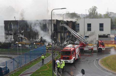 Літак врізався у порожню будівлю на околиці Мілану, загинули 8 людей