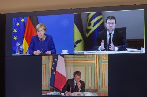 Президент України обговорив з канцлером Німеччини та Президентом Франції питання досягнення миру на Донбасі