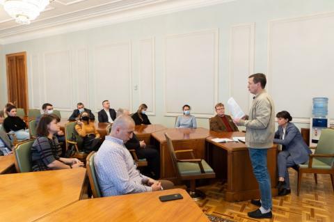 Питання політичних в'язнів, яких утримують на окупованих територіях і в Росії, обговорили в Офісі Глави держави
