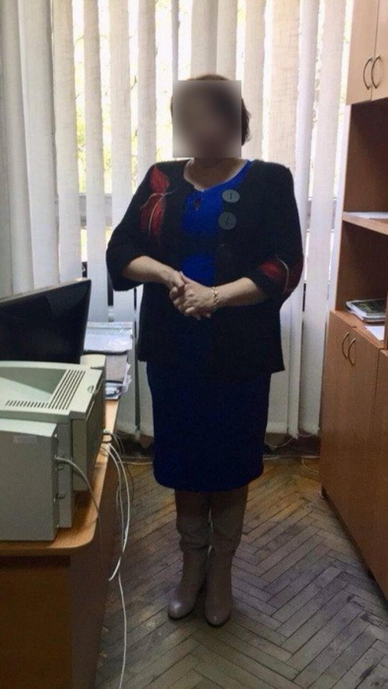 У Черкасах затримали на хабарі доцента вишу, знайшли списки студентів-несунів