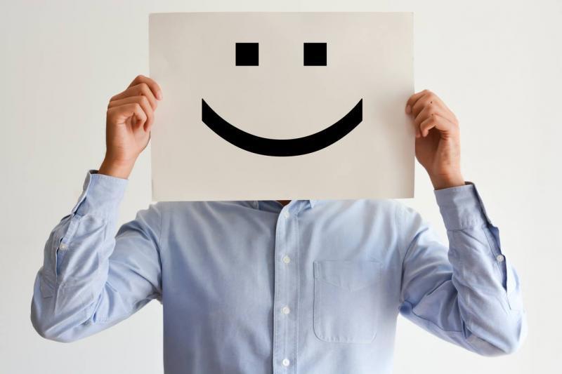Визначено вік, коли людина почувається щасливою