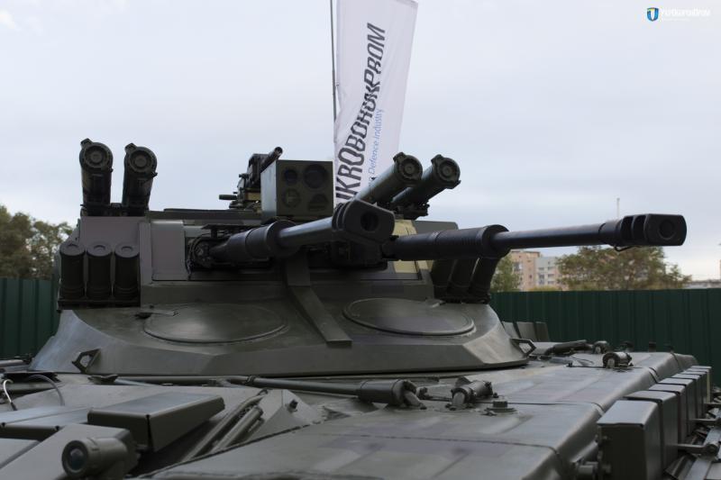 В Україні презентували нову бойову машину «Страж»