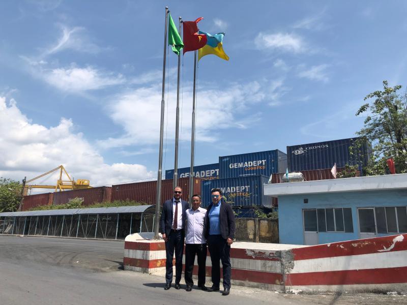 25 – 26 квітня 2018 року відбувся робочий візит української делегації до м. Хошимін для перевірки роботи порту Лотос