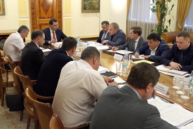 Міністр інфраструктури України доручив терміново організувати процес ремонту автошляхів у Миколаївській області