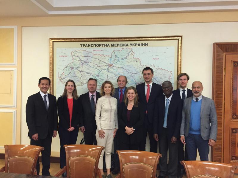 Стандарти прозорості CoST є частиною Державної програми розвитку доріг на 2018-2022 роки, - Володимир Омелян