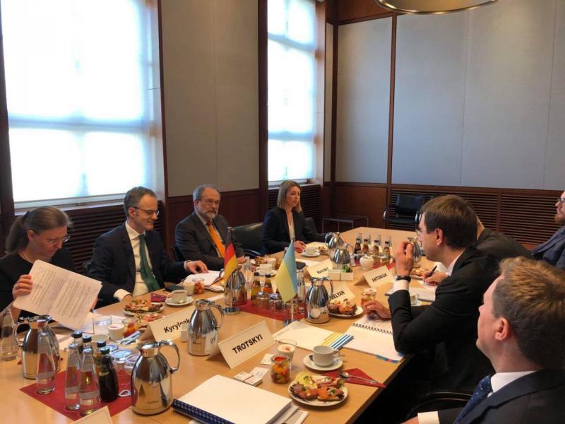 Міністерство інфраструктури співпрацює з урядом Німеччини для підготовки та реалізації спільних інфраструктурних проектів, - Володимир Омелян