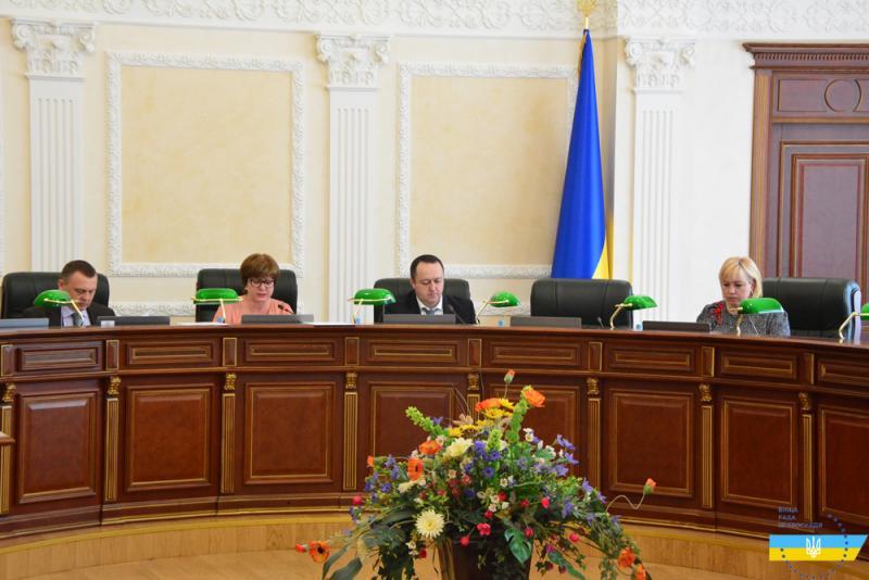 Дисциплінарна палата ВРП розгляне 17 скарг на суддів (прізвища)