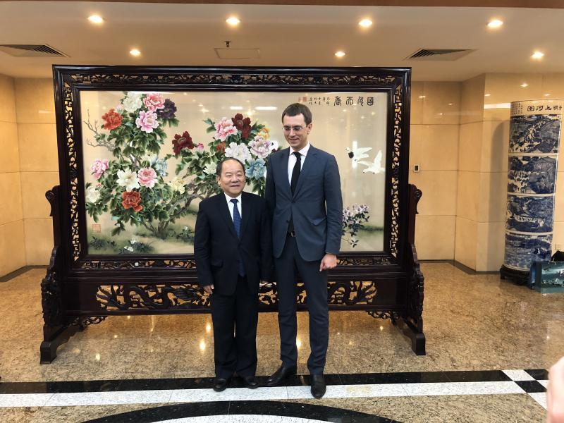Україна відкрита до співпраці із китайськими компаніями та інвесторами, - Володимир Омелян