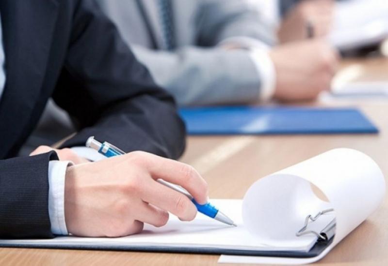 Працівники суду вчилися грамотно оформлювати документи