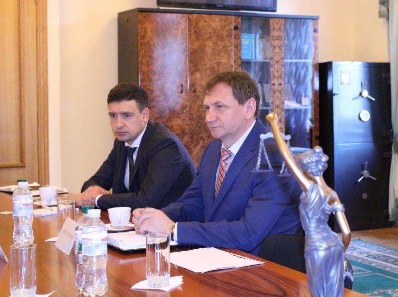 Організацію роботи слідчих суддів обговорять в РСУ