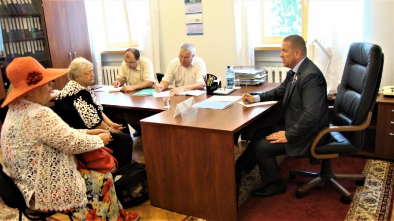 22 червня у приймальні Верховної Ради України провів особистий прийом громадян голова підкомітету Комітету з питань паливно-енергетичного комплексу, ядерної політики та ядерної безпеки Михайло Бондар
