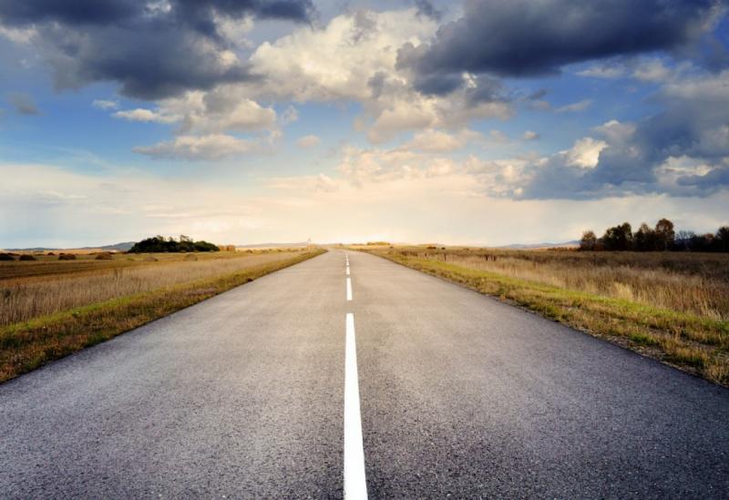 Смуги руху на дорогах України звузять