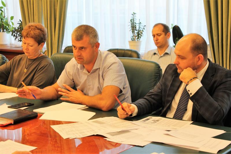 Всі підприємства та установи, що належать до сфери управління міністерства, повинні почати підготовку до осінньо-зимового періоду 2018-2019 років, - Юрій Лавренюк