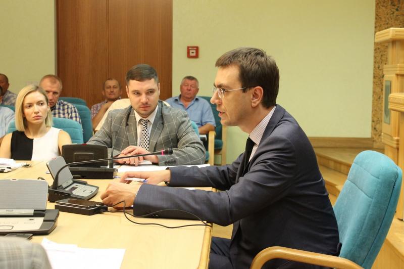 Держава посилює контроль над ринком автобусних пасажирських перевезень, - Володимир Омелян