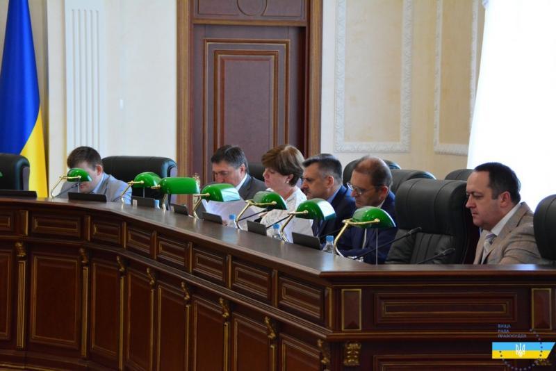 17 суддів з Донбасу переведуть в інші суди