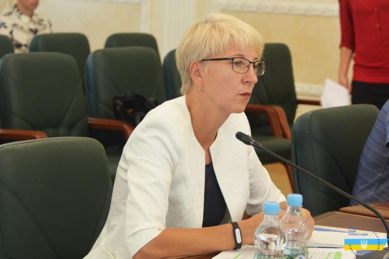Суддю з Полтави позбавили доплат за порівняння колег з вівцями