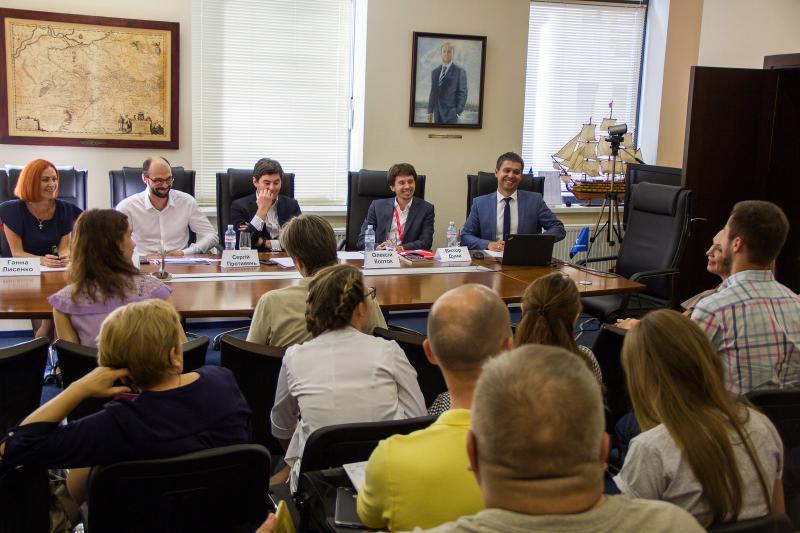 Правники обговорили проблеми представництва клієнтів в судах