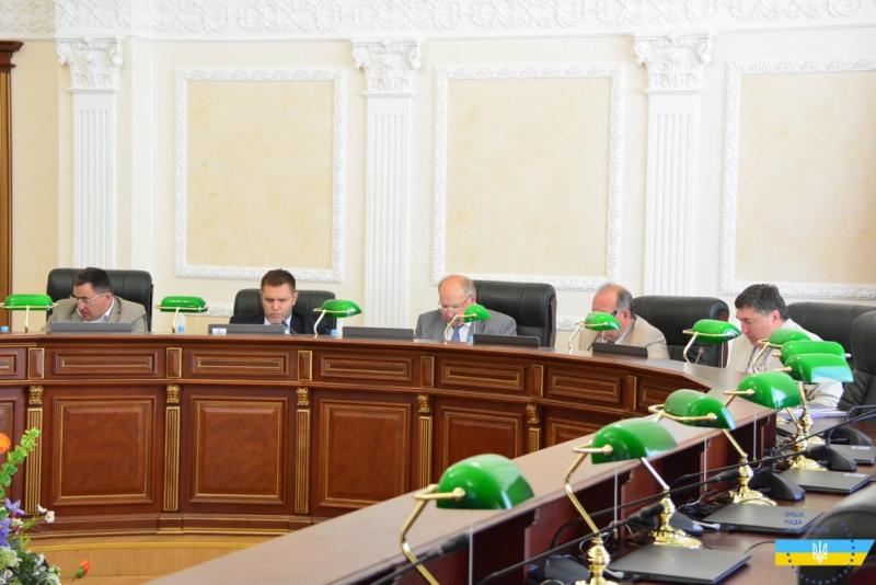 Дисциплінарна палата ВРП розгляне 46 скарг на суддів (прізвища)