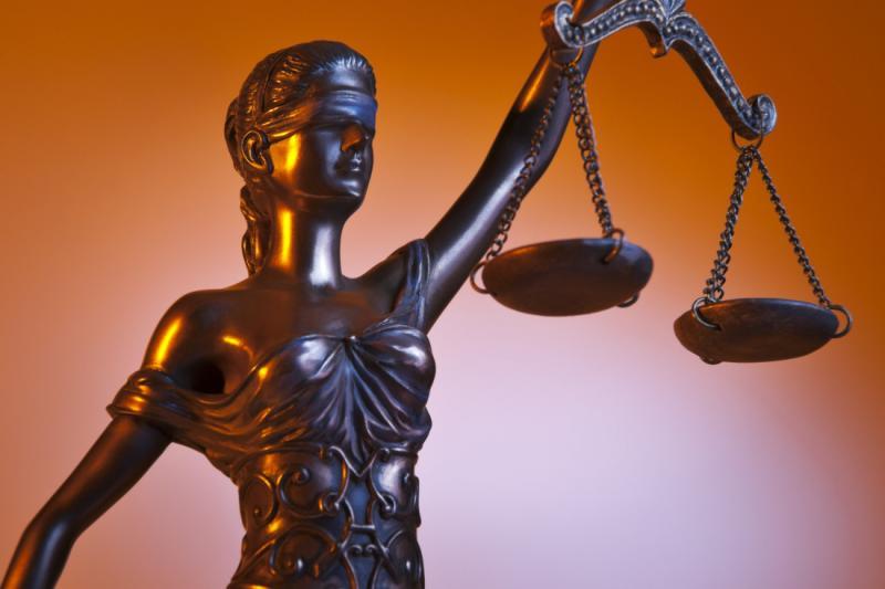 Параліч судової системи: 17 судів залишилися без суддів