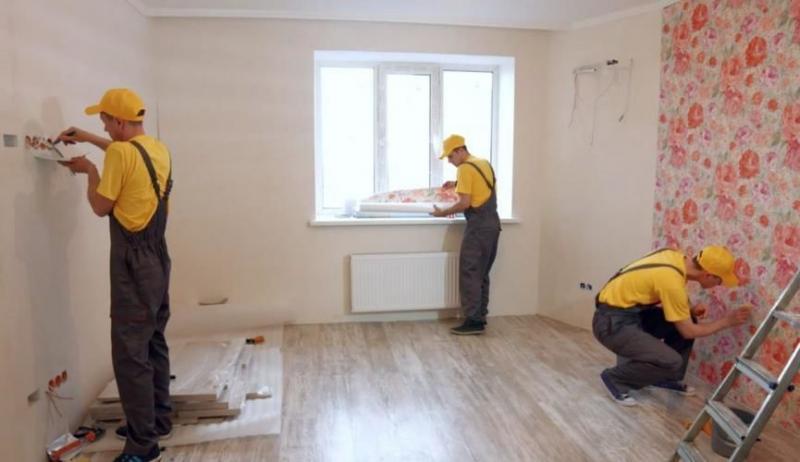 Крупная компания или частный мастер: кого нанимать для ремонта?