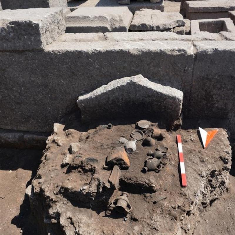 Археологи розкопали могилу, якій понад 2000 років