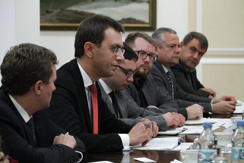 Міністр інфраструктури України Володимир Омелян провів зустріч із Віце-президентом ЄБРР Аланом Пію