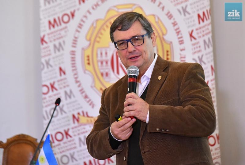 Українці в Аргентині потребують підтримки від України, – із зустрічі з Юрієм Данилишиним