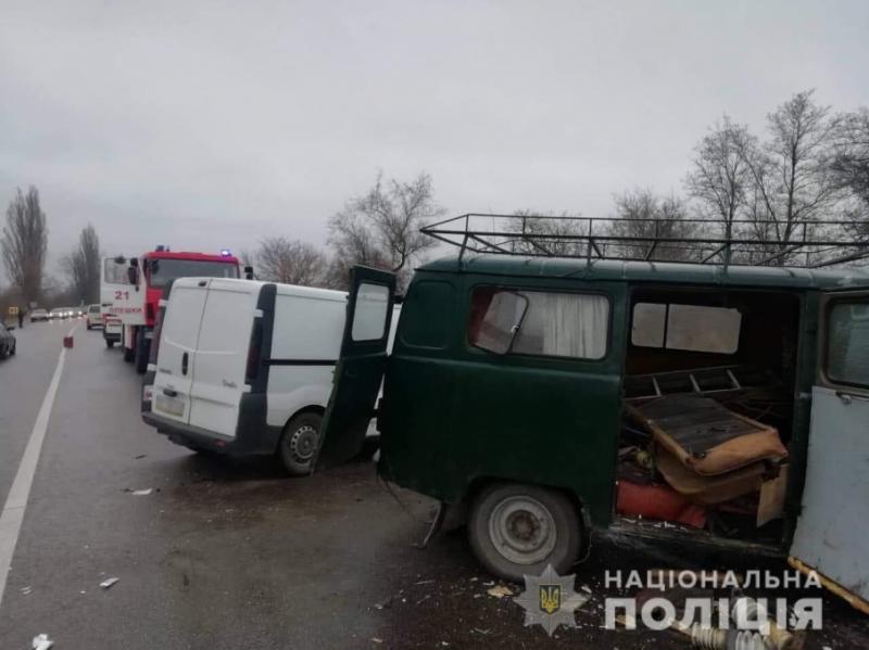 У моторошній ДТП на Херсонщині загинуло п'ятеро людей