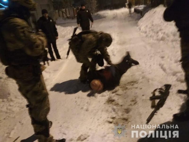 У Харкові п'яний чоловік влаштував стрілянину з автомата