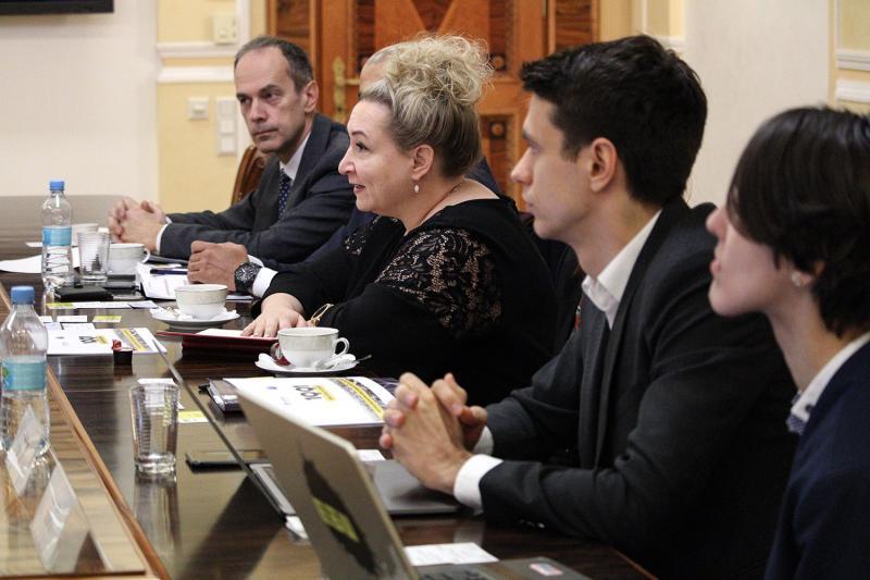 Впровадження цифрового логістичного інкубатора стимулюватиме інновації в портовому секторі, - Володимир Омелян