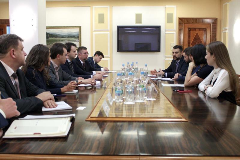 Спільно з європейськими партнерами ми розвиватимемо інфраструктуру Азовського регіону, - Володимир Омелян