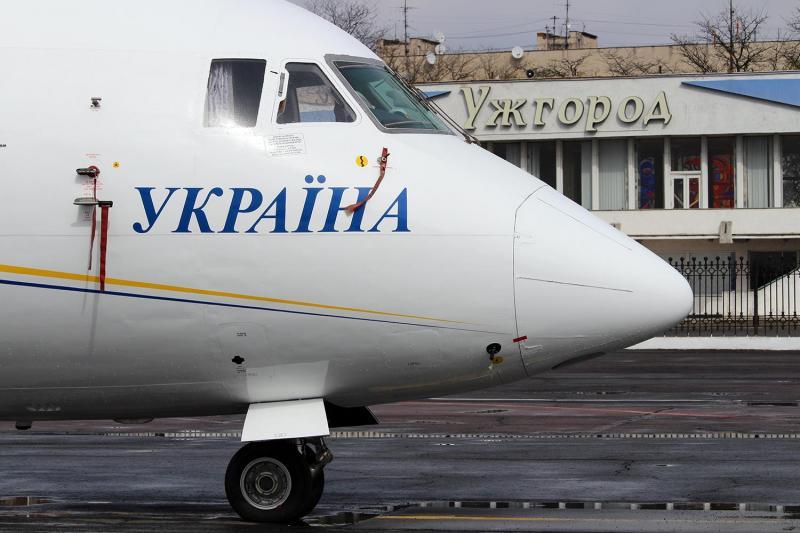Після трирічної перерви відновив роботу аеропорт Ужгорода, – Володимир Омелян