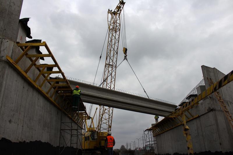 Володимир Омелян ознайомився з ходом будівництва шляхопроводу у місті Херсон