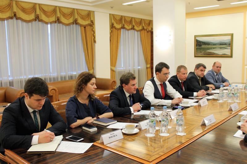 Міністр інфраструктури України Володимир Омелян провів зустріч із представниками канадських ділових кіл