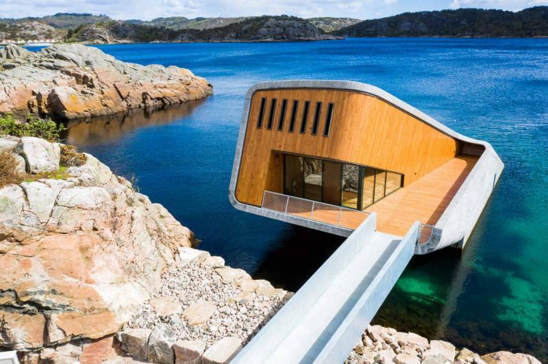 У Норвегії відкрили перший в Європі підводний ресторан