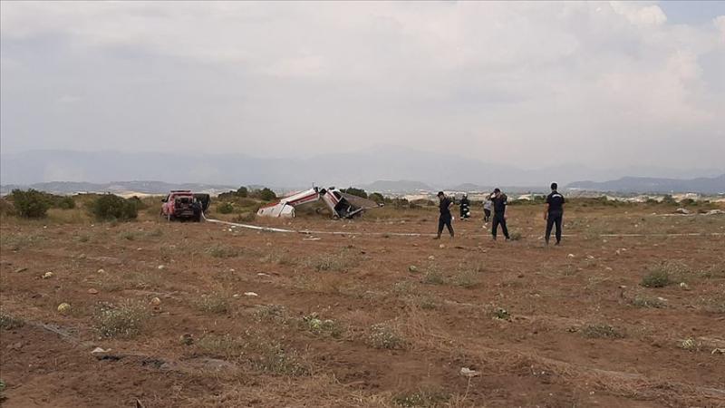 У турецькій Анталії розбився тренувальний літак, є загиблий
