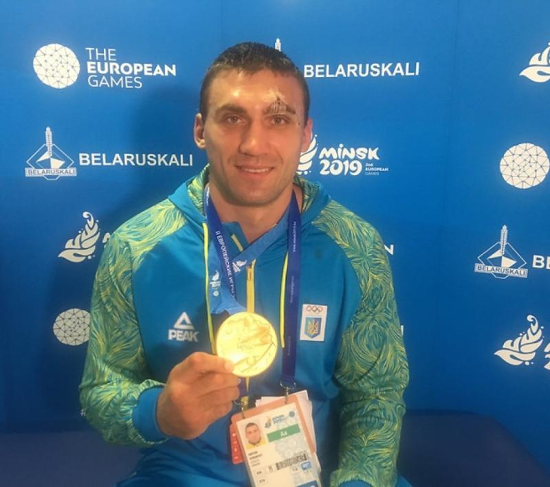 Боксер-суперважковаговик Віктор Вихрист виграв «золото» Євроігор-2019