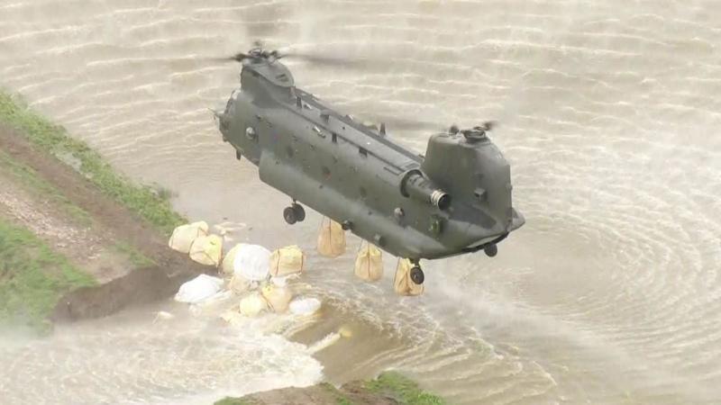 Повені у Британії: влада залучила армію для боротьби зі стихією