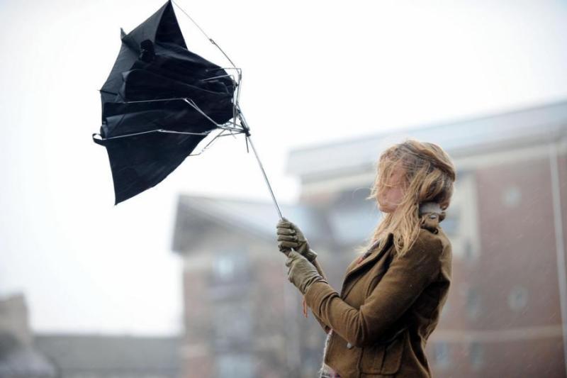 Киян попереджають про сильний вітер – до 18 м/с
