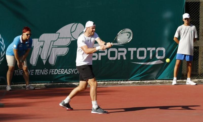 Ілля Марченко сьогодні cтартує на тенісному турнірі АТР в Іспанії