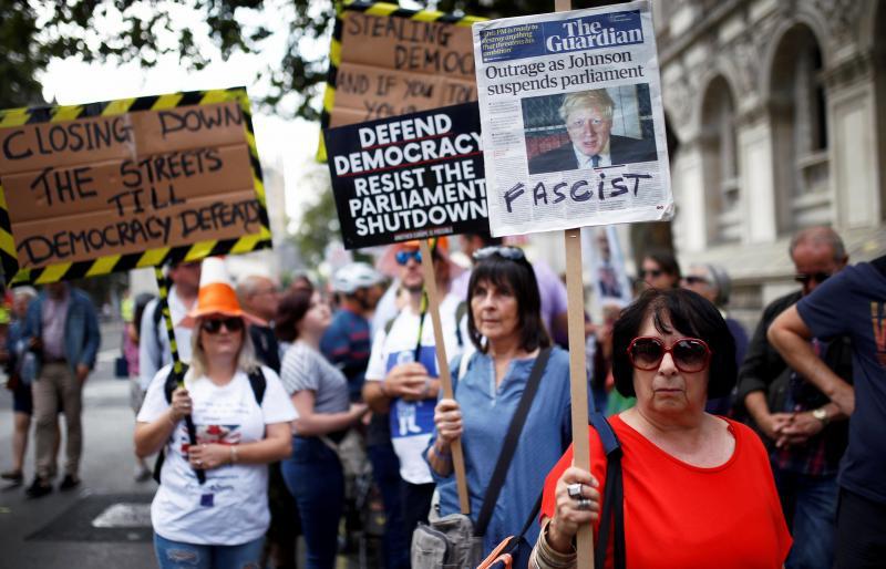 У Британії протести проти рішення Джонсона призупинити роботу парламенту перед Brexit