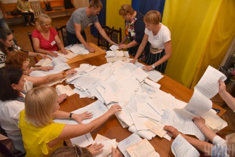 На Львівщині на 6 дільницях 119 округу перерахують голоси