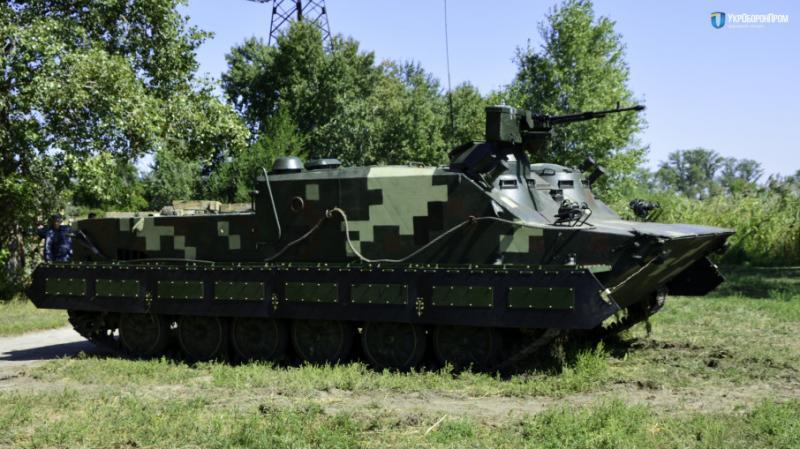 В Україні успішно пройшов чергові випробування модернізований БТР-50