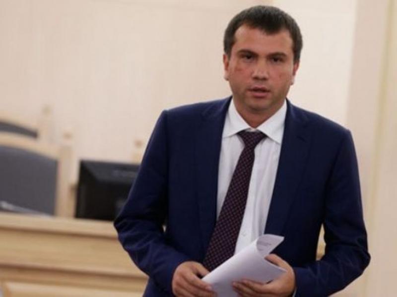 Після допиту у ГПУ Вовк заявив, що жодних звинувачень у тяжких злочинах щодо нього немає