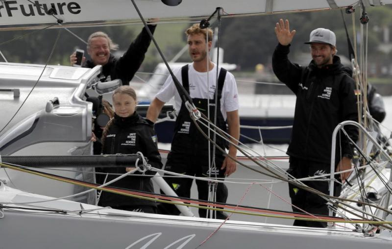 Шведська кліматична активістка вирушила через Атлантику на яхті без душу і туалету