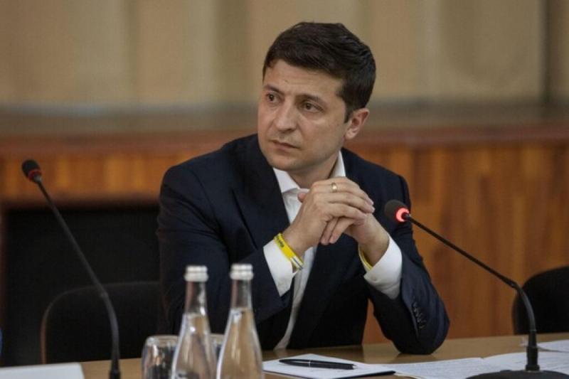 Президент проводить термінову нараду щодо ситуації в зоні ООС на Донбасі