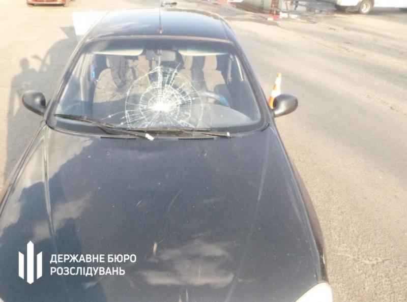 ДБР розслідує обставини ДТП за участю поліцейського в Запорізькій області